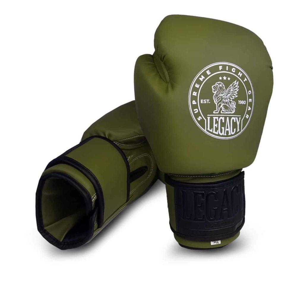 Boxningshandske för thaiboxning i grön färg med kardborrelåsning