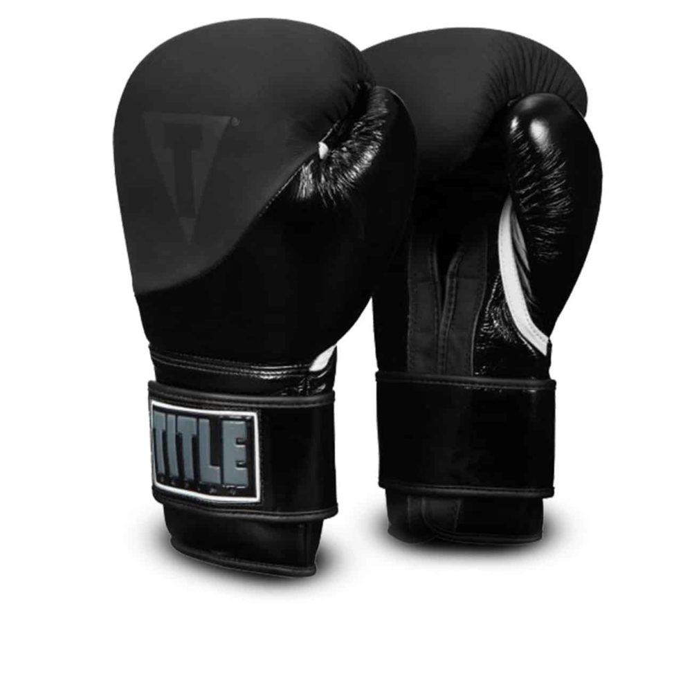 Boxningshandkar Cyklone från Title i läder